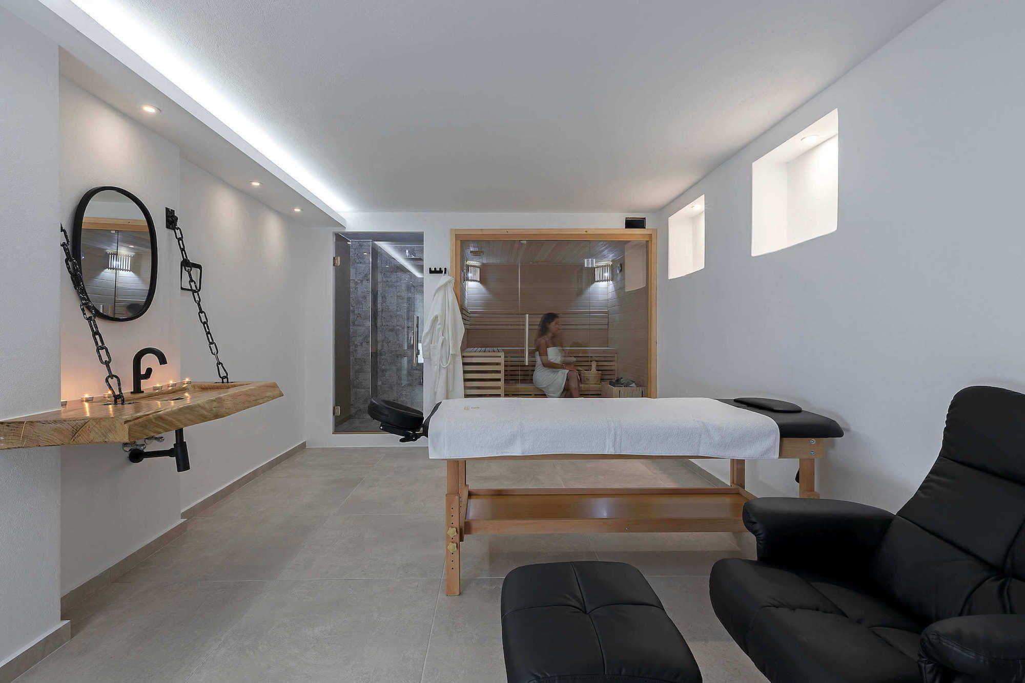 Home La Grande Vue Suites & Spa